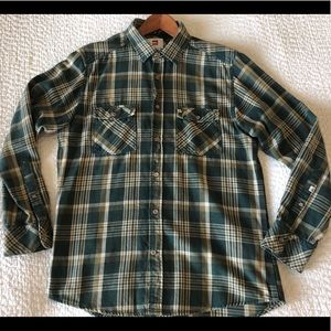 Quiksilver Flannel size: small/Green